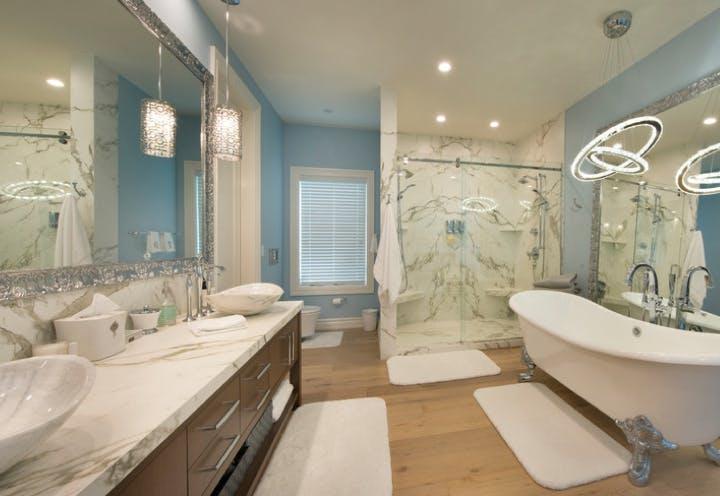 Cladding - Damp Areas  - bathtubs 36