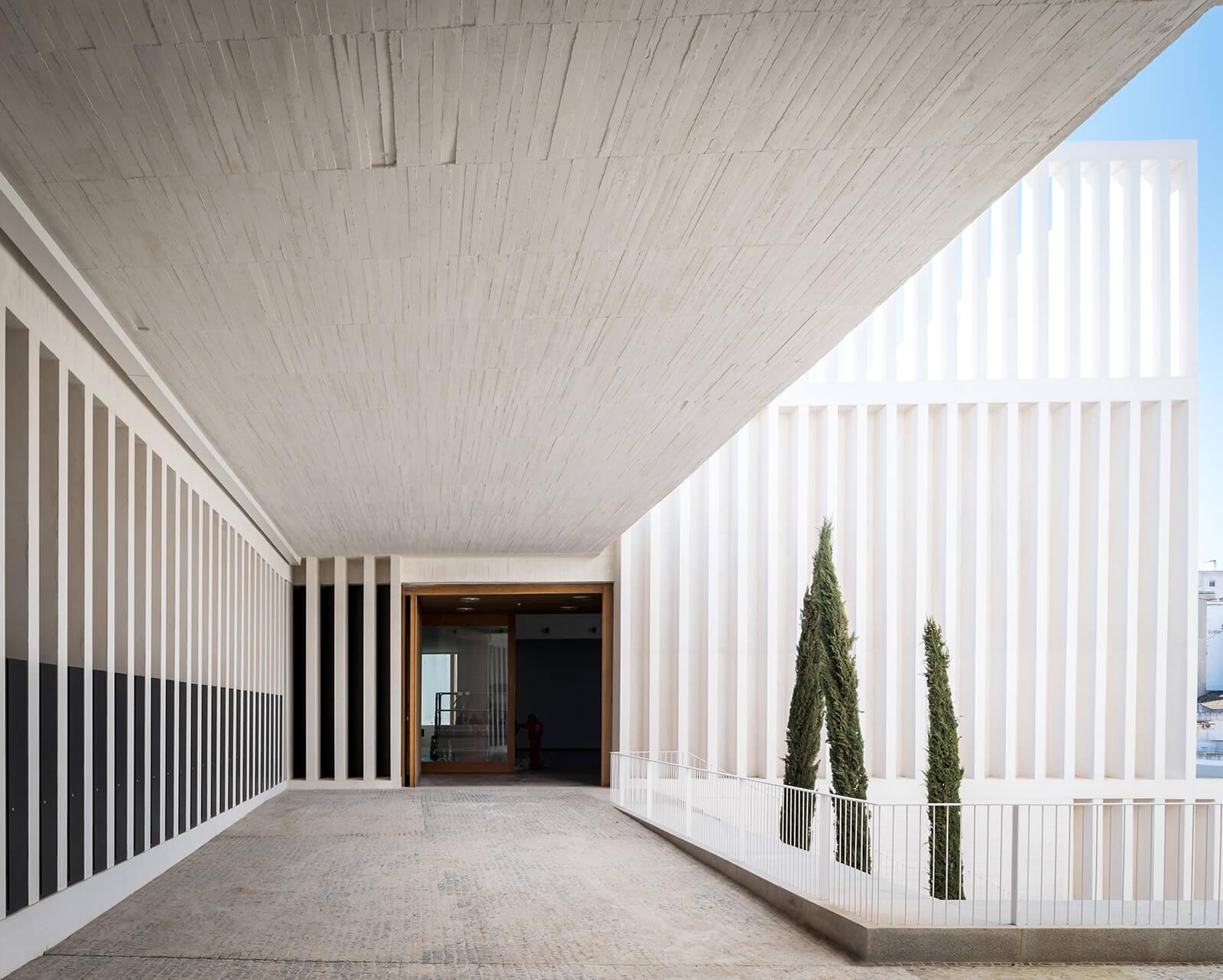 Museo de Arte Contemporáneo Helga de Alvear  - 4 40