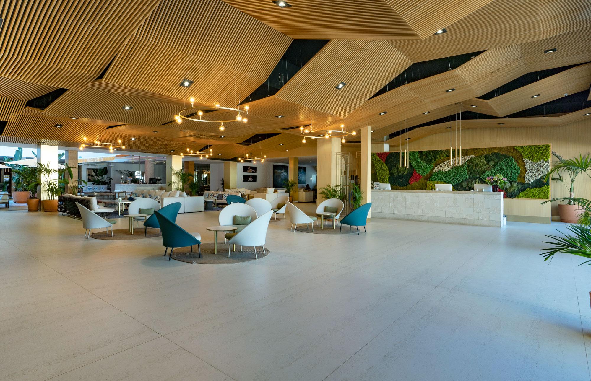 Hotel Mediterráneo  - Hotel Mediterraneo Park 1 Dekton Silestone Piedra Natural Cosentino 184