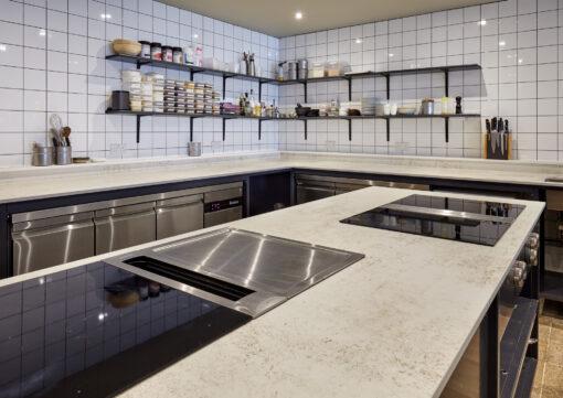Foxx Spazio  - Vanderlyle restaurant Dekton 7 43