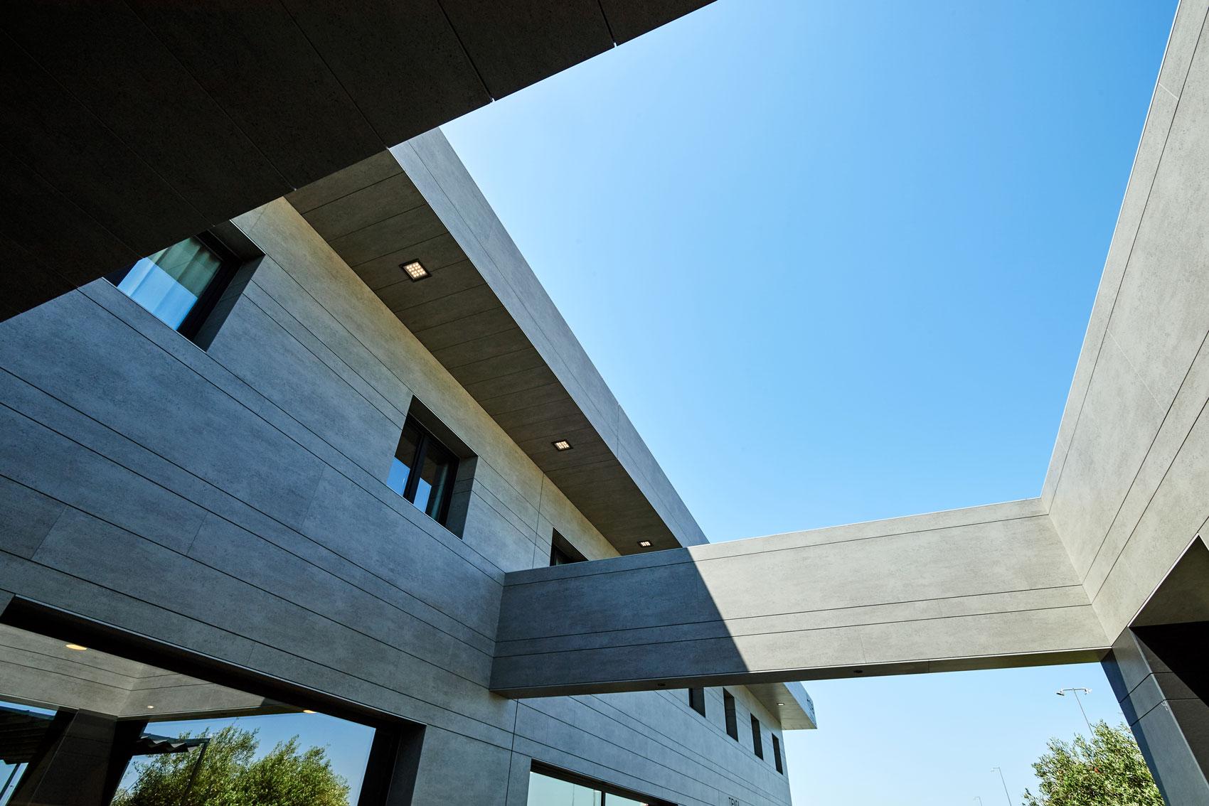 LD Sevilla  - cosentino 208 fachada recurso DSC 0058 45