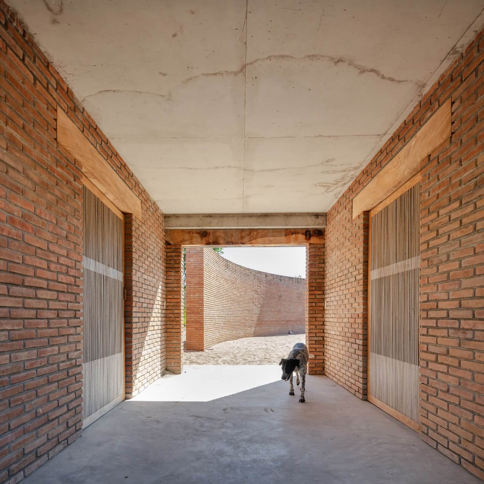 Clay Pavilion  - siza pabellon casa wabi mexico 6 40