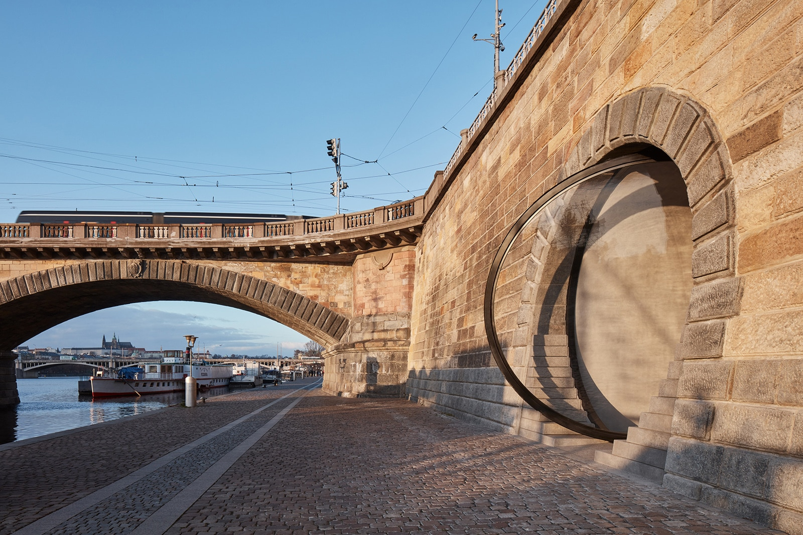 Revitalization of Prague's Riverfront  - 7.2 1 49